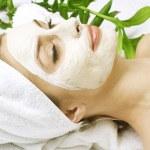 Spa facial clay mask — Stock Photo