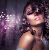 时尚美容肖像。性感女孩。节日妆 — 图库照片