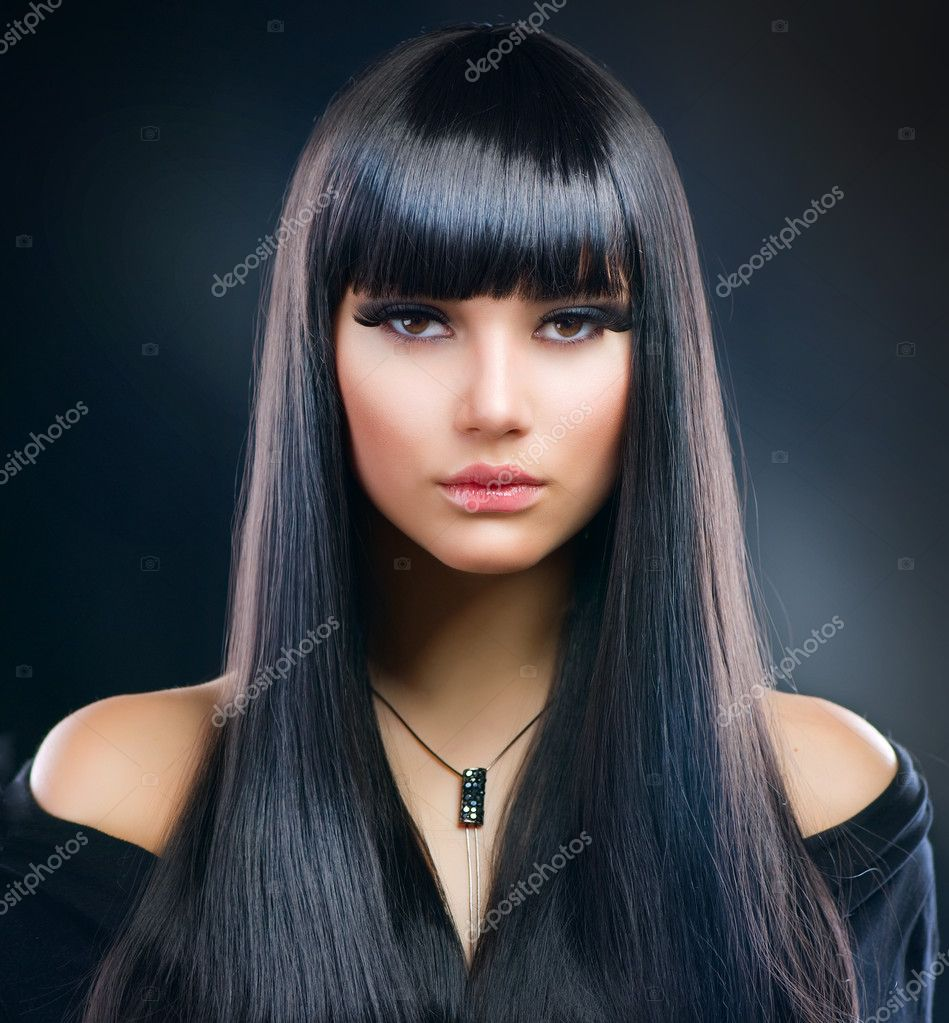 Beautiful Brunette Girl. Healthy Long Hair — Stok fotoğraf #9529866