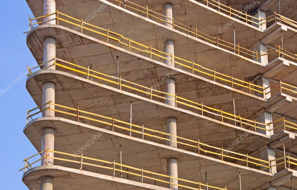 Reinforced Concrete Buildings : Reinforced concrete frame building under construction