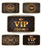 Gouden vip-kaarten met patroon — Stockvector