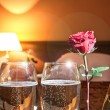 Champagne in bedroom — Stockfoto