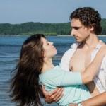 Romantic couple on the beach — Stock Photo