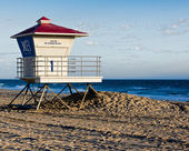 Huntington Beach Lifeguard Tower — Stock Photo