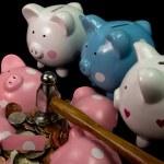 Broken Piggy Bank — Stock Photo