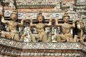 Buddhist Temple Wat Arun in Bangkok — Stock Photo