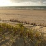 mare del Nord al tramonto sull'isola di ameland in Olanda — Foto Stock