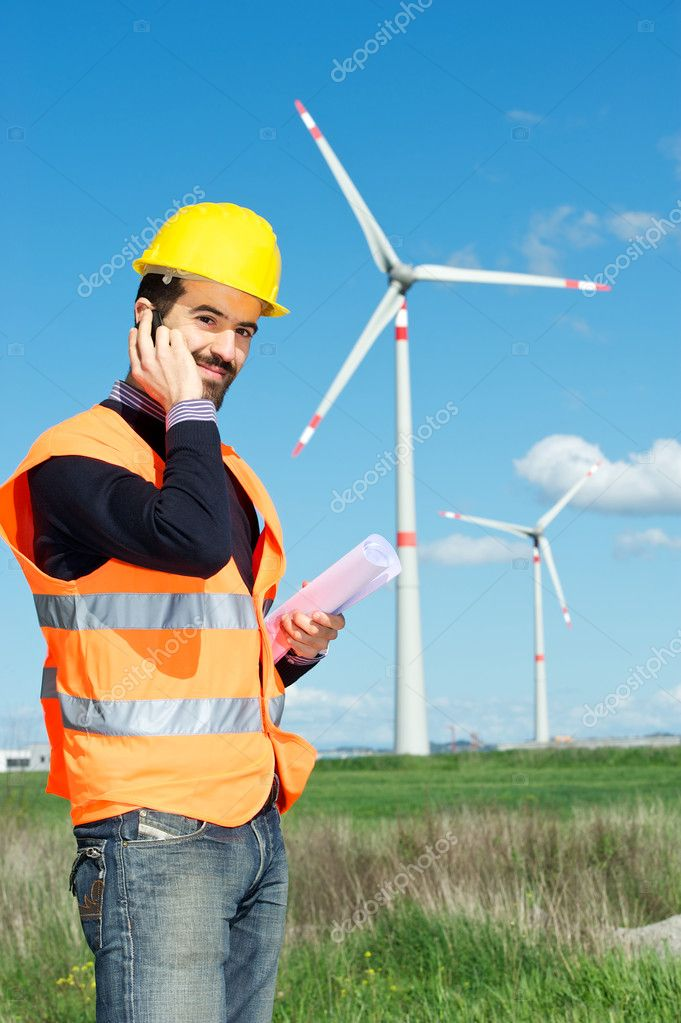 Technician Engineer in Wind Turbine Power Generator Station, Italy — Stock Photo #10216635