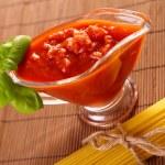 Spaghetti and tomato sauce — Stock Photo