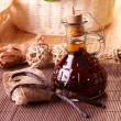 Vanilla extract and beans — Stock Photo