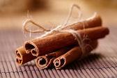 Поведение в школе не блещет. - Страница 3 Depositphotos_9736717-stock-photo-cinnamon-sticks