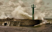 Huge storm wave — Stock Photo