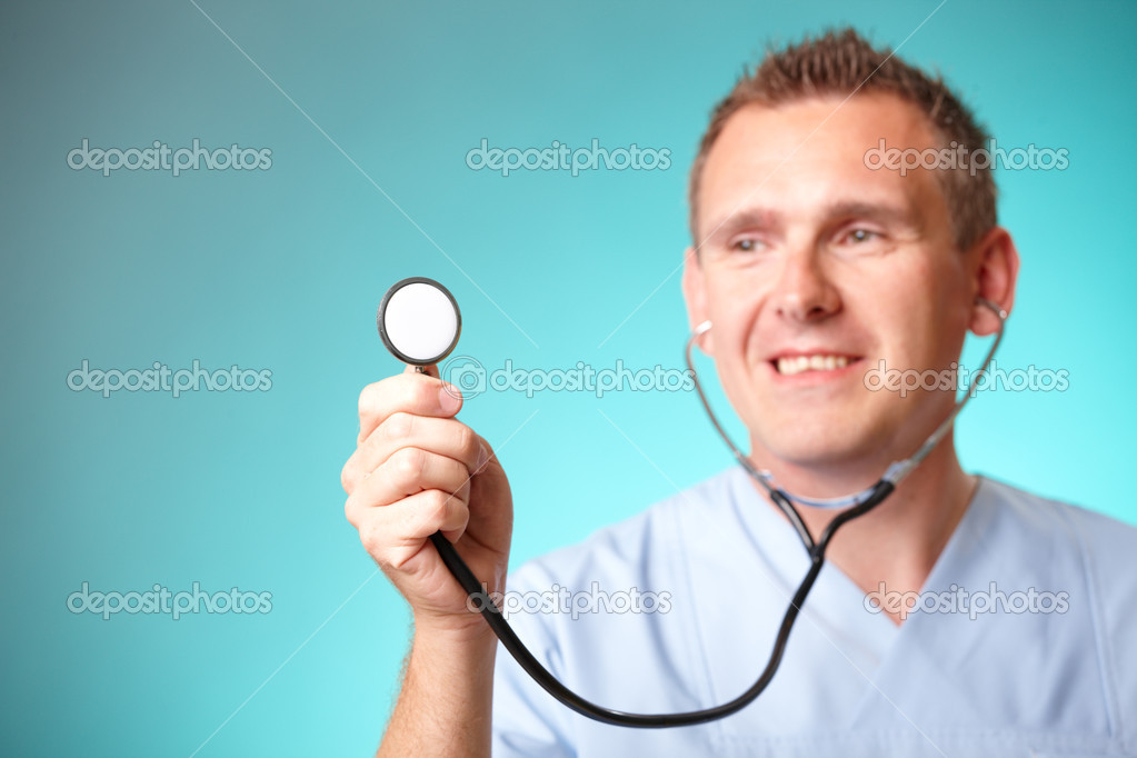 Smiling medical doctor with stethoscope. — Stock Photo #9741579