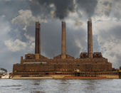 Riverside Polluting Powerplant — Stock Photo