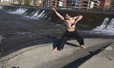 Man practicing martial arts . — Stock Photo