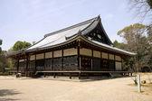 Kondo stora salen i ninna-ji temple, kyoto, japan. — Stockfoto