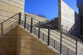 Descente d'escaliers — Stock Photo