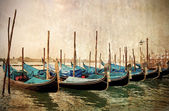 Beautiful gondolas at waterfront in Venice, Italy. — Stock Photo