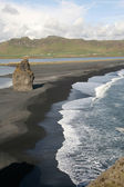 Black lava beach in Iceland — Stock Photo