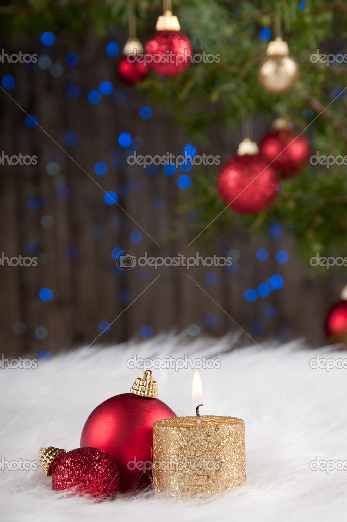 Christmas decoration in white, red and golden — Stock Photo #9842192