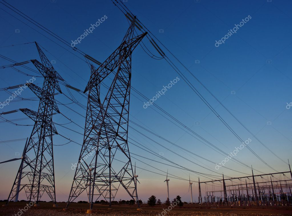 Installation of towers and electric wires at sunset — Stock Photo #9765707