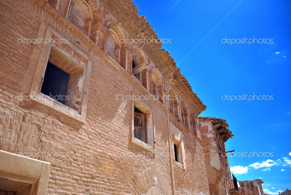 Belchite old was one of the hardest hit towns during the Spanish Civil War. — Stock Photo #10290729