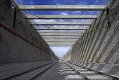 I en järnvägstunnel — Stockfoto