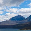 St Mary Lake With Snow Covered Peak — Stock Photo