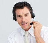 Portret atrakcyjny biznesmen, praca w call center — Zdjęcie stockowe