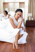 Dostawanie znudzony rezygnować jej mąż kobieta — Zdjęcie stockowe