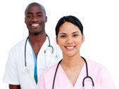 Ritratto di due medici positivi — Foto Stock