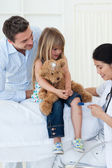 A doctor checking child's — Stock Photo
