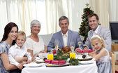 Família celebrando a ceia de natal — Foto Stock