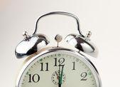 Väckarklocka isolerad på vit — Stockfoto