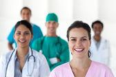 Międzynarodowy zespół medyczny — Zdjęcie stockowe