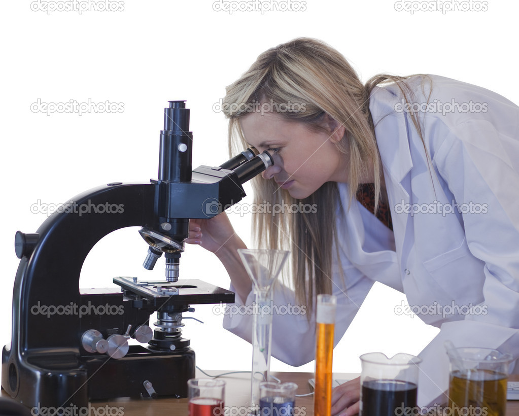 Woman scientist conducting experiment on lab — Stock Photo #10315296