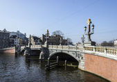Amsterdam. Famous Blue Bridge over the River Amstel — Stock Photo
