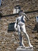 David by Michelangelo, Piazza della Signoria in Florence — Stock Photo