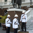 Royal Guards at Grand Palace — Stock Photo #10019043
