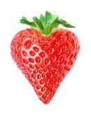 白い背景で隔離の心型の赤いイチゴ — ストック写真