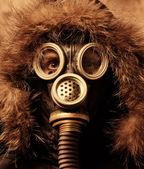 Man in respirator — Stock Photo