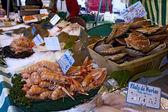 Fresh fish market marché aux poisson paris 8 — Stock Photo
