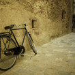 Bicycle in an Italian village — Stock Photo