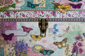 Butterfly Tickle Trunk — Stock Photo
