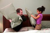 Guerra de travesseiro — Foto Stock