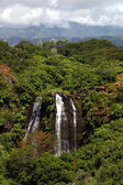 Hawaii waterval in bergen — Stockfoto