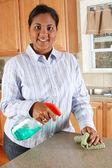 Mulher na cozinha — Fotografia Stock