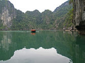 Reflexes, Halong bay — Stock Photo
