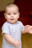 Baby standing — Stock Photo