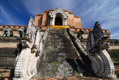 Wat Chedi Luang, Old temple in chiangmai, Thailand — Stock Photo